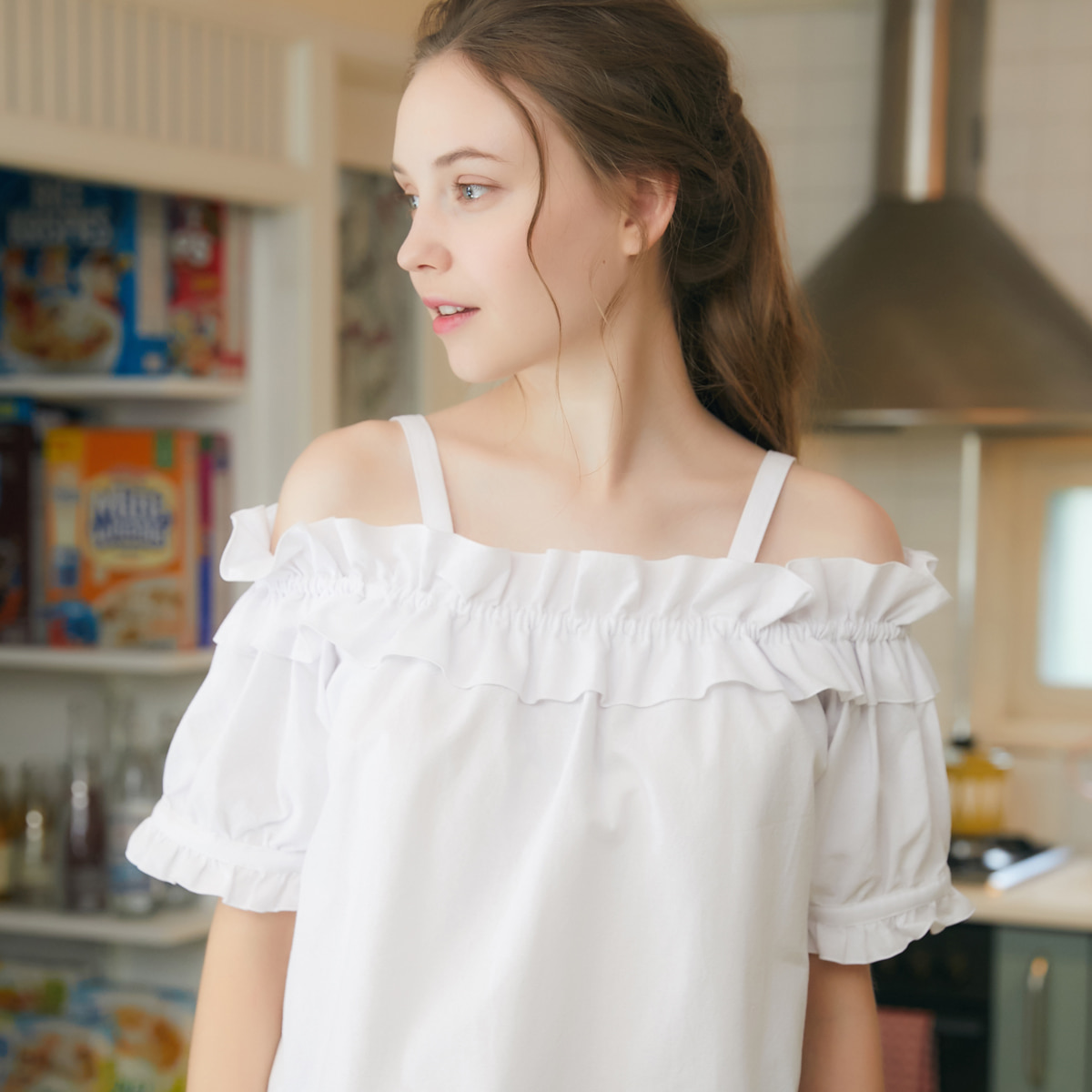RO OFF SHOULDER(WHITE)